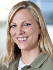 Kirsten Fahr -  at PD Dr. med. dent. Kai-Hendrik Bormann