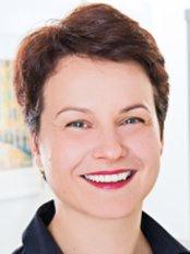 Dr Claudia Koley-Morali - Dentist at Zahnartz 360