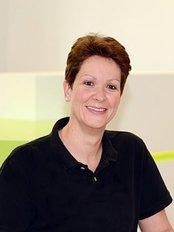 Ms Nicola Schriegel -  at Zahnarzt Dr. Thore Kreimeyer