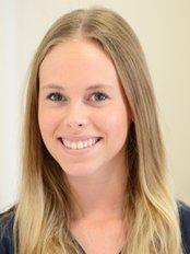 Ms Caroline Weisner -  at Dr med Dent Marcus Kiefer