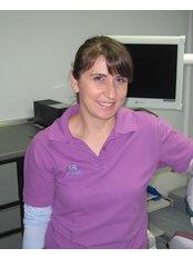 Viktorie Idrizaj - Dental Auxiliary at Zahnarztpraxis Dr. Rainer Rossi