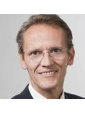 Dr Klaus Dietrich Wolff -  at Department of Oral and Maxillofacial Surgery
