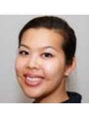 Dr Anni Yang - Dentist at Dr. Bruderhofer Ihre Zahnartze