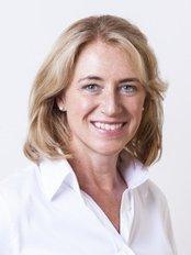 Dr Kristina Girthofer - Dentist at Dres. Girthofer und Kollegen