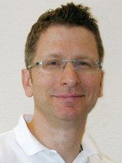 Roland Mühlhofer -  at Dr. Alexa von Gienanth