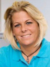 Ms Katja Eyermann -  at Dr med Christiane Bozsak
