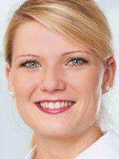 Dr Carolin Witte -  at Konigsweib Zahnarzte