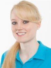 Ms Mara Bienhold -  at Dr. Kirsten Weiberg