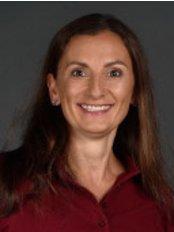 Dr Roswitha Schiner - Doctor at Dr. med. Jochen Kuder Dr. med. Dent. Roswitha Schiner - Winn