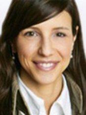 Ms Stefanie Ellinger -  at Dr. Michael Marzellus Gomolka