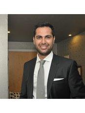 Dr Άδωνις Αντωνίου - Dentist at Antoniou Dental Care