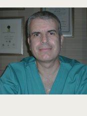 Periodontist Harris Kalaitzakis - L.. Avenue 36, Ambelokipi, Athens, 11526,
