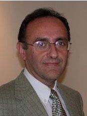 Dr. John Fakitsas - Λεωφ. Κηφισίας και Χ, Χαλάνδρι, 152 33,  0