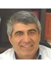 Dr Kolitsopoulos Marino - Doctor at Esthitiki-Stomatos.Gr.
