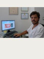 Georgalas Dental - Herodes Atticus 30, L.Pentelis 27, Halandri,