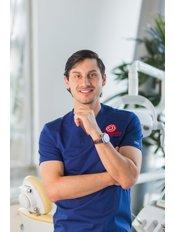 Guatemala Dental Team - Dr. Rodrigo Guerra