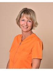 Mrs Eva Szantho - Dentist at Dare to Smile Dental