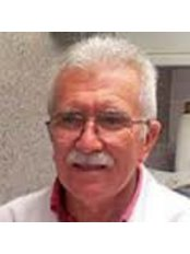 Dr. Ferenc Kardos  Specialist in Tooth and Mouth Diseases -  at Dent Elite Tibavar