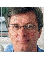 Dr Attila Kaman - Doctor at Dental Hungary