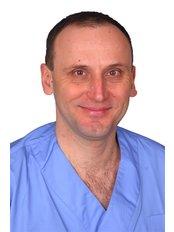 Dr. Szoboszlai István - Dentist at Duna Dental Dentistry