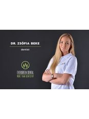 Dr. Zsófia Beke - Zahnärztin - Evergreen Dental