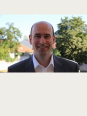 Health Travel Hungary - Mr John Steiner