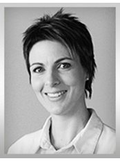 Dr Csilla Gáspár -  at Implantabroad