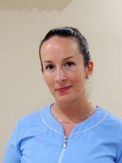 Dr Déri Katalin - Orthodontist at KontaktPont Fogászat