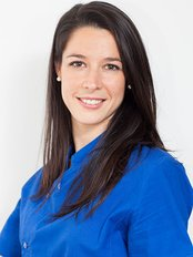 Dr Anna Holman - Dentist at New Dent