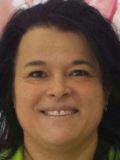 Ms Chewie Erika - Dental Nurse at Pellin Aesthetic Dentistry