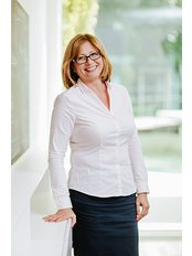 Frau Snezana Vágvölgyi - Internationale Patientenkoordinatorin - Save on Dental Care - Budapest