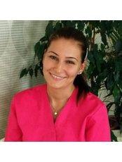 Dr Beata Bódis -  at Vitaldent Fogászati Klinika