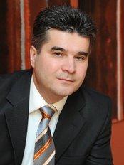 VargaDent Dental Clinic - Peter Varga