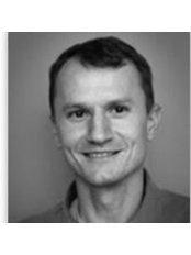 Dr Robert Ónodi-Szucs - Dentist at Dentland Dentistry