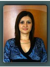 Ms Fejes-Beke Izabella -  at Dr. Becsky Aron