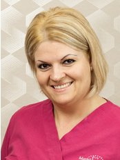 Mrs Eva Simon Babolcsai - Lead / Senior Nurse at Markodental Praxis Kft