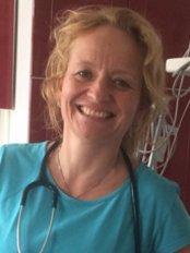 Noemi Szabo -  at Centro Dentale