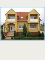 Dr Ivanyi Dr Bevardi Dental Ltd - Szabo Lorinc U 49, Hevíz, 8380,
