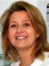 Dr Horváth Mariann - Dentist at Heviz Dental Clinic