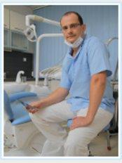 Dr. Zsolt Hajagos - Erzsebet krt. 64, Kecskemet, 6000,