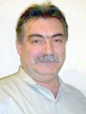 Dr Joseph Szocs -  at Dr. Mustafa László