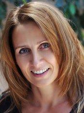 Dr Kovacs Agnes - Doctor at Easy - Dent Dental Centre