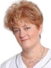 Dr Judit Kelemen - Dentist at Canaria Dental - Budapest Dentcare