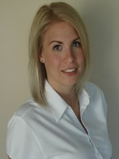 Dr Weaver Anna -  at Dental Studio - Herend