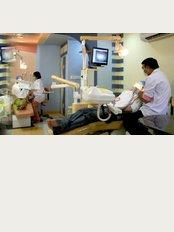 Agravat Dental Tourism & Medical Tourism - Dr Bharat Agravat Cosmetic & Implant Dental Surgeon India