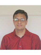 Dr Shrenuj Shah - Dentist at Innovative Family Dental Health