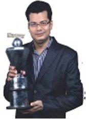 Khan Hospital - Dr. Mohammad Firoz Khan All India First Prize Winner In Dentistry