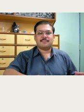 Dr. Maneesh Rai's Dental Clinic - E-1/180,Arera Colony, Bhopal, Madhya Pradesh, 462016,