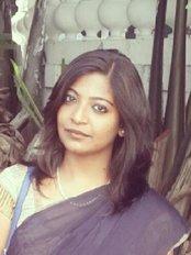 Dr.Smilez Dental Clinic Porur - No.24 D,P.R.Complex, I st Floor, Trunk Road, Porur, Chennai, Tamil Nadu, 600116,  0