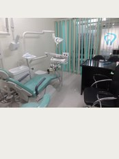 LA Smile Dental Clinic - sec,15 ,part 1,friends colony, Gurgaon, Haryana, 122001,